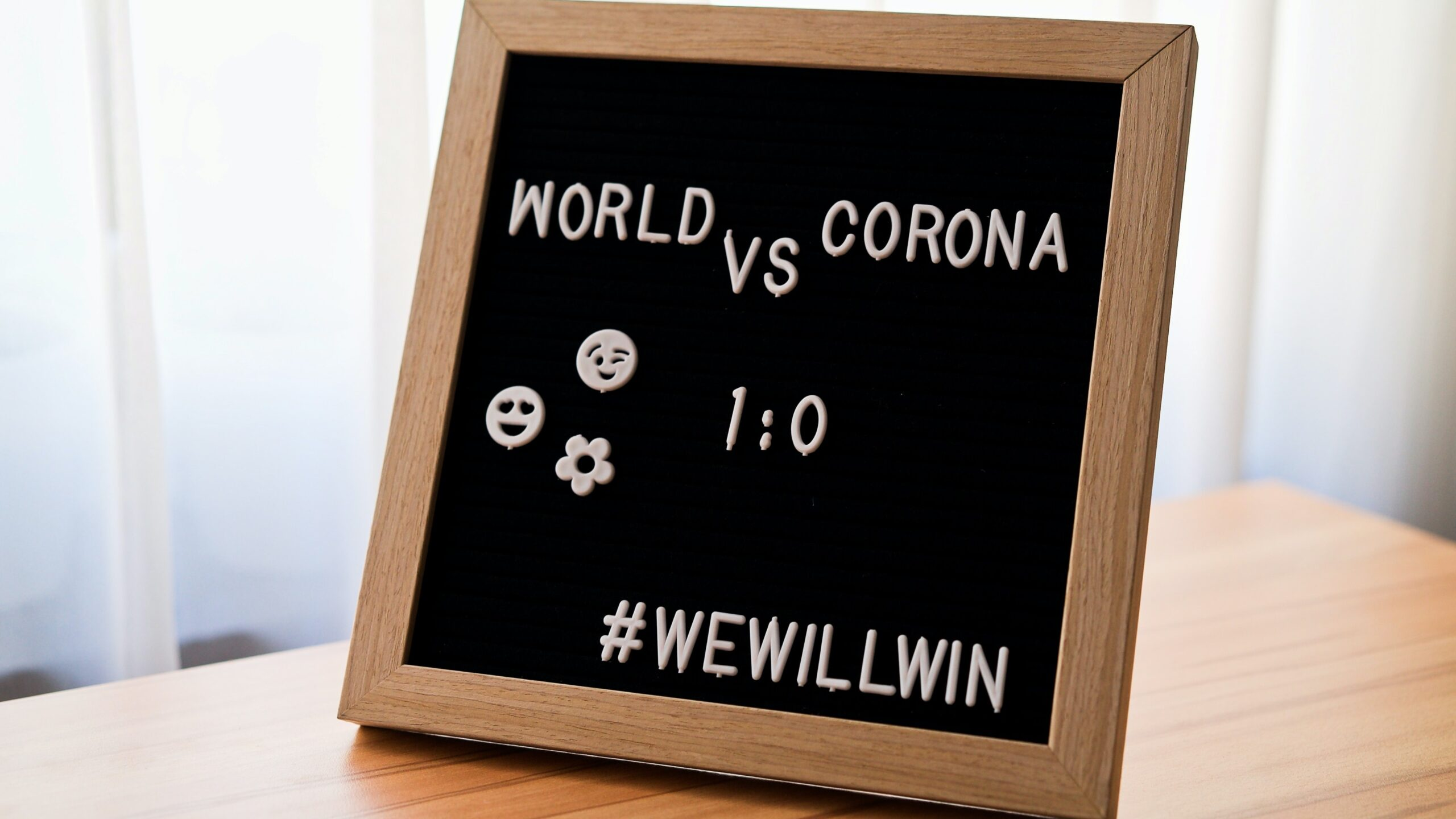 Blackboard: Word vs Corona 1:0
